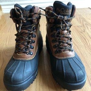 Columbia Bugaboot Hiking Boots 🥾